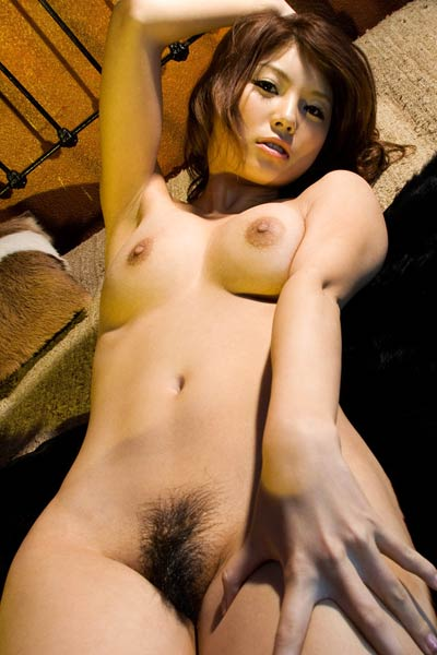 Model Azumi Harusaki in Artistic Heart