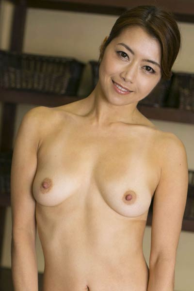 Model Maki Hojo in Always True