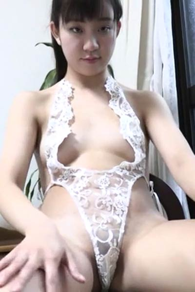 Model Karen Hayama in Ultimate Maiden Scene 3