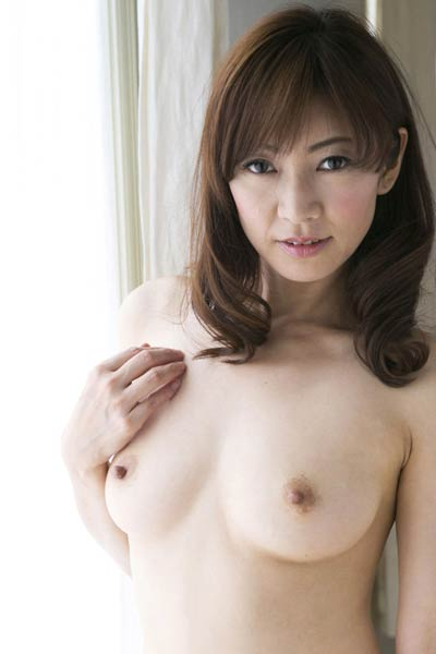 Model Ryo Hitomi in By The Light