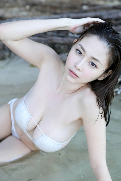 Model Anri Sugihara in Wet Heart