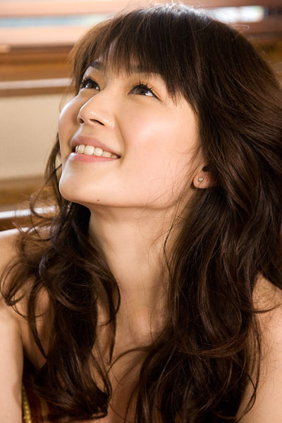 Model Ayaka Onoue in Just The Way You Are
